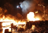 kiev-streets-have-been-burning-throughout-the-protests-on-tuesday-the-maidan-was-particularly-alight
