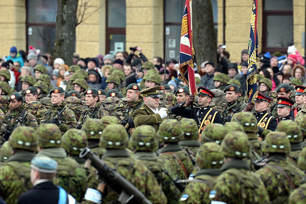 07_usa_and_nato_parade_in_estonian_narva.jpg
