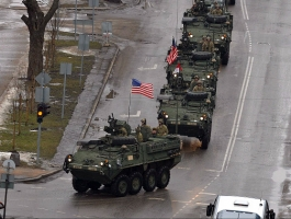 04_usa_and_nato_parade_in_estonian_narva.jpg