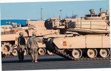 Сотни танков из США прибыли