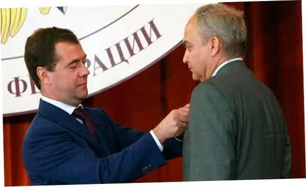Антонов стал заместителем министра обороны, ответственным за международное сотрудничество