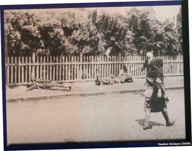 """Фрагмент выставки """"Голодомор 1932-33-х гг. – геноцид Украинского народа"""""""